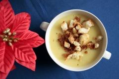 MG_4637-leek-and-potato-soup-with-croutons-