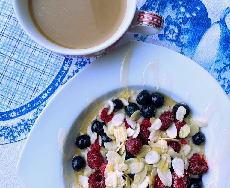 Owsianka Low FODMAP i kawa na śniadanie